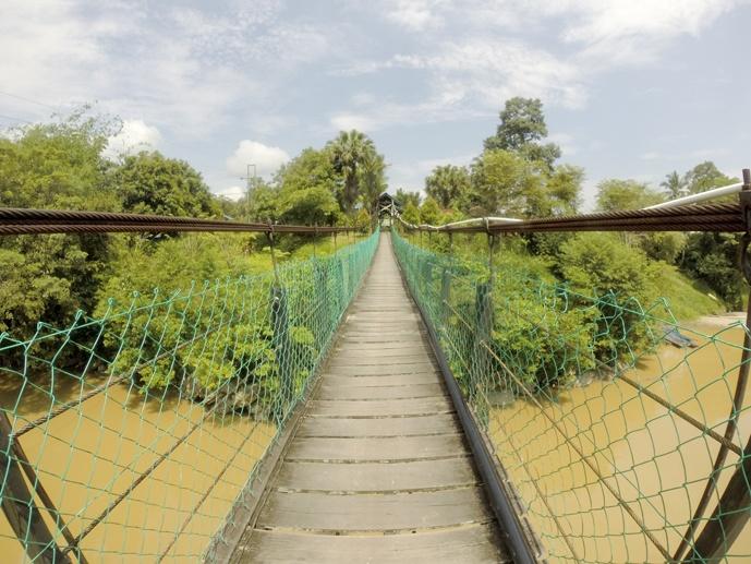 suspension bridge kampung danu sarawak