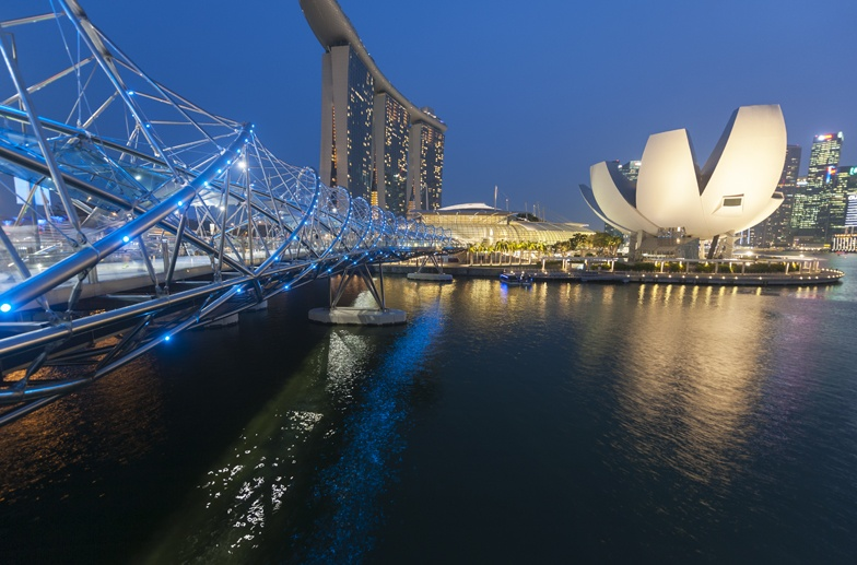 lotus theatre marina bay night singapore