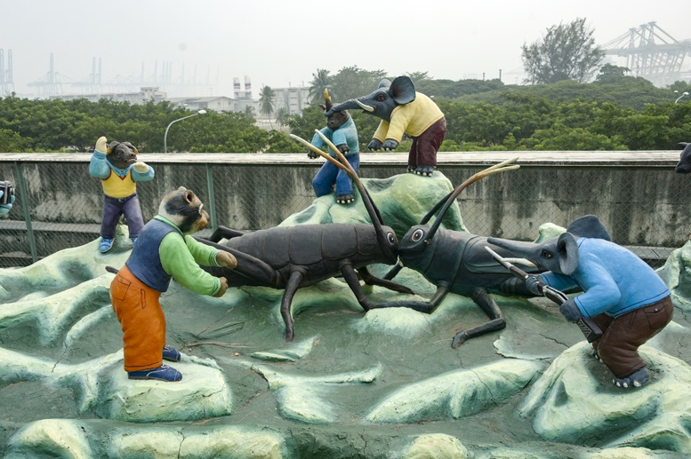 haw par villa singapore cricket fight