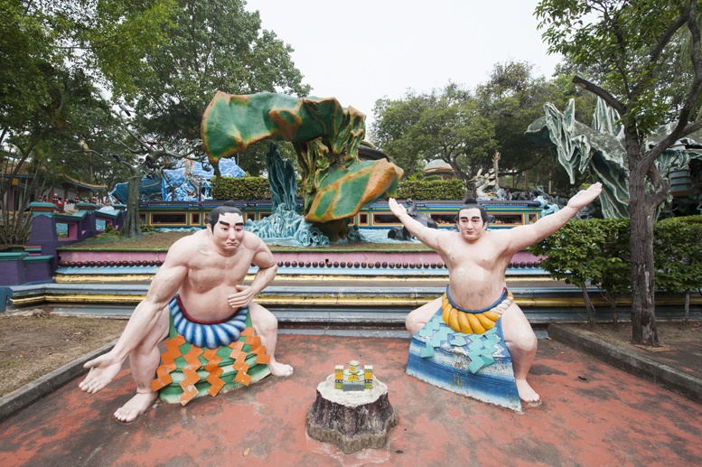 haw par villa singapore sumo fight