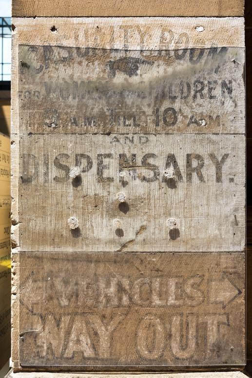 sydney hospital old sign