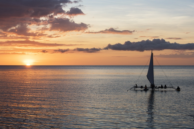 bangka sailboat sunset negros