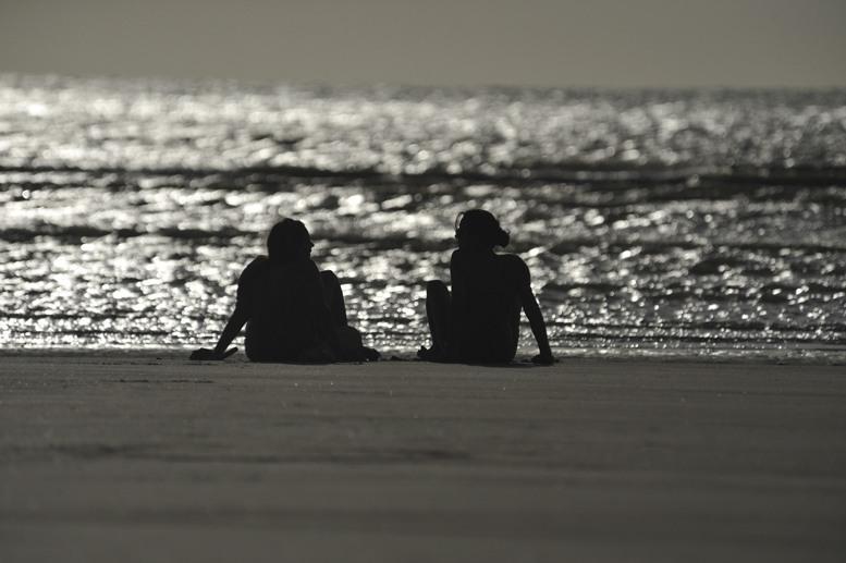 jericoacoara-couple-sunset