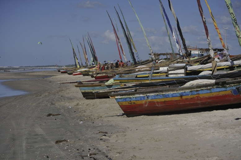 jeri-brazil-beach-boats