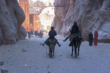 Petra-photostory-Donkey-Kids