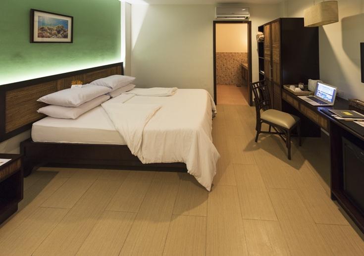 Bohol Beach club room