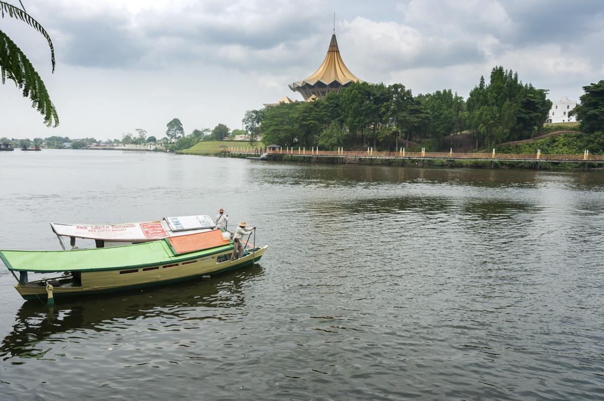 sarawak river kuching
