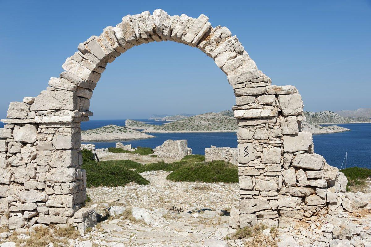 kornati islands croatia mana greek village