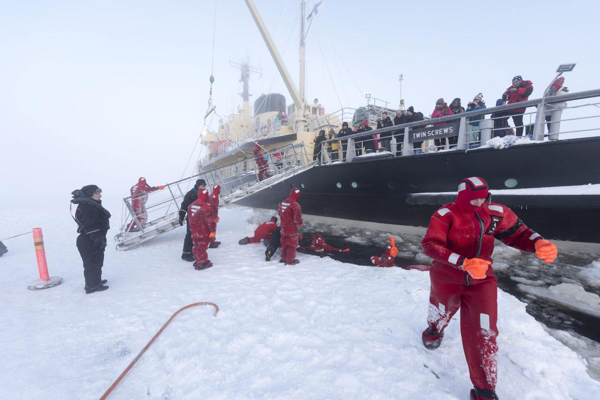 sampo icebreaker ice swimming
