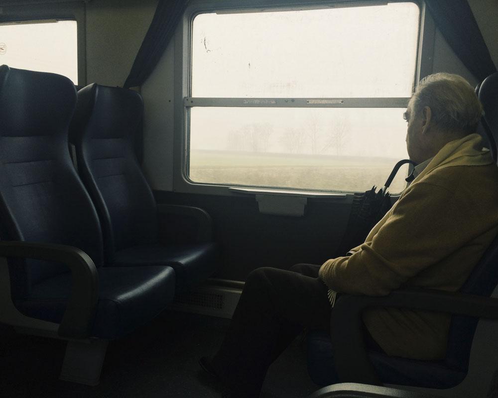 italian slow train fog