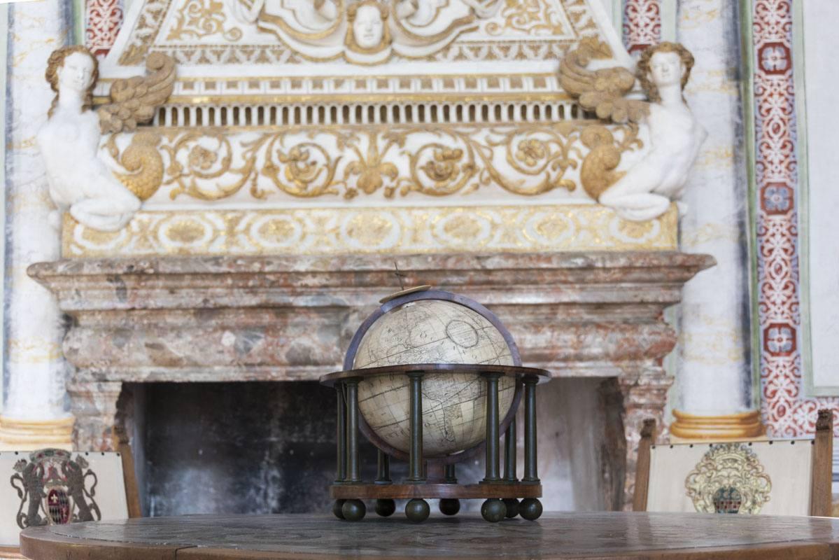 palazzo vertemate franchi globe frescoes