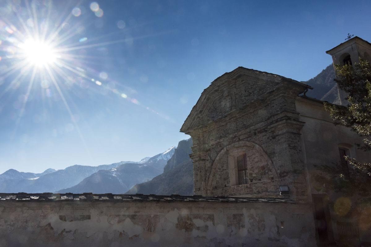 church sunshine palazzo vertemate franchi