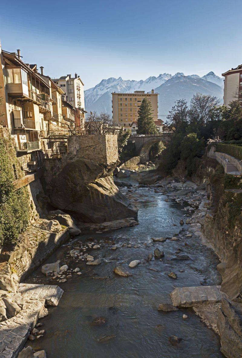 chiavenna river mera mountains