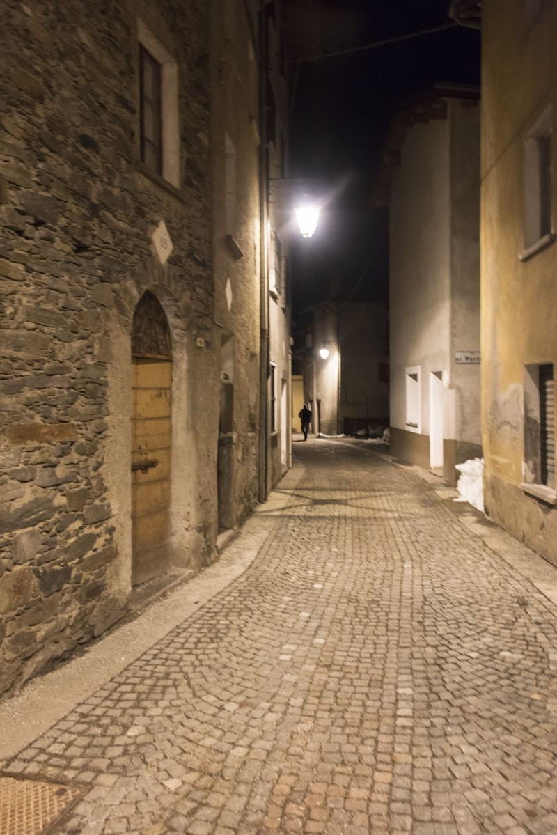 gerola alta night street