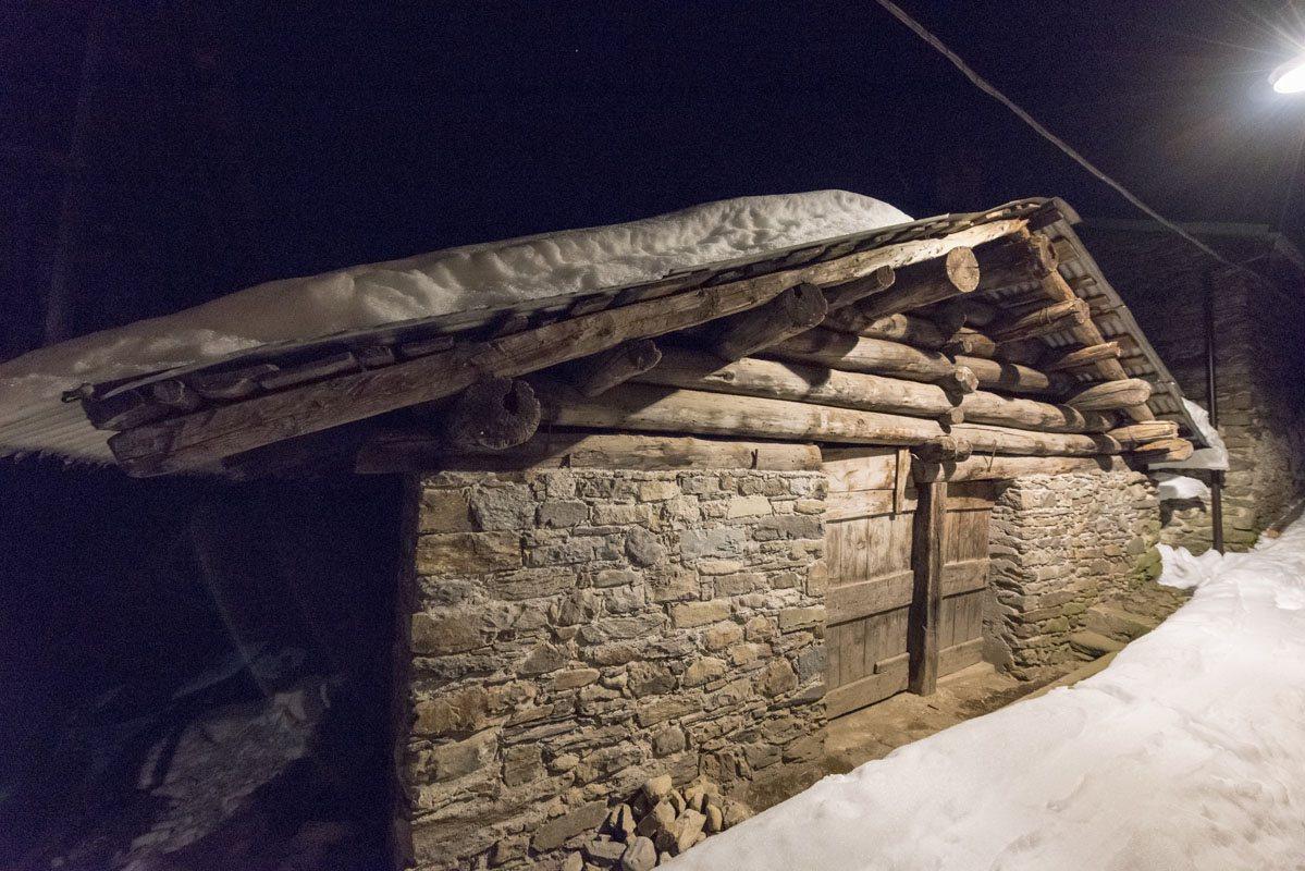 gerola alta castello stone wood house