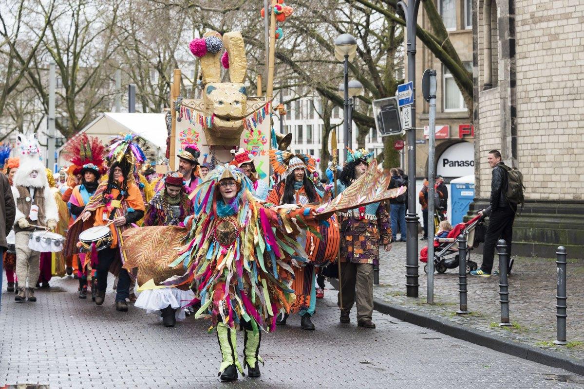 Cologne_Carnival_sunday_parade