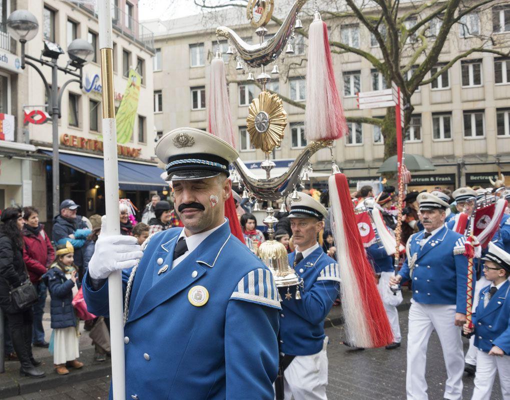 kolle alaaf koln karnaval marching band