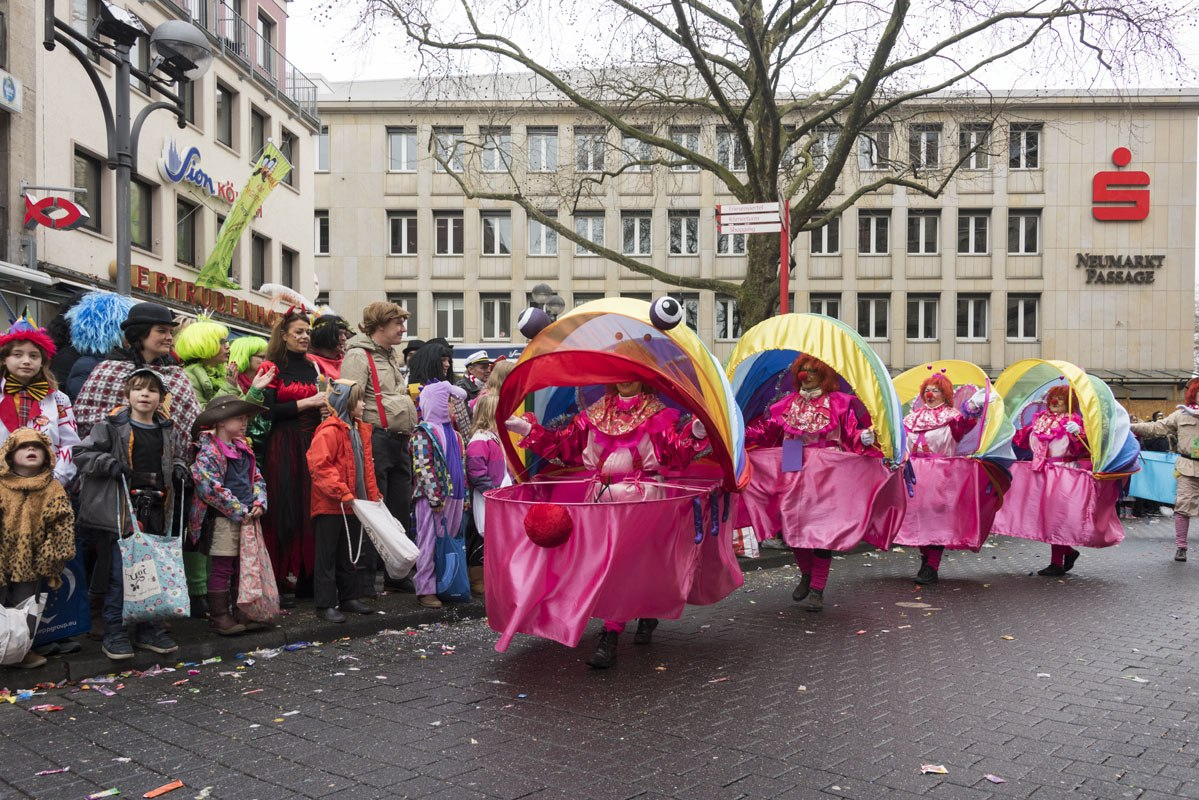cologne carnaval sunday family parade