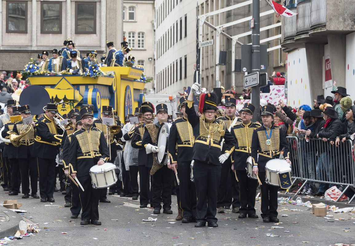 Carnival cologne rose monday marching band