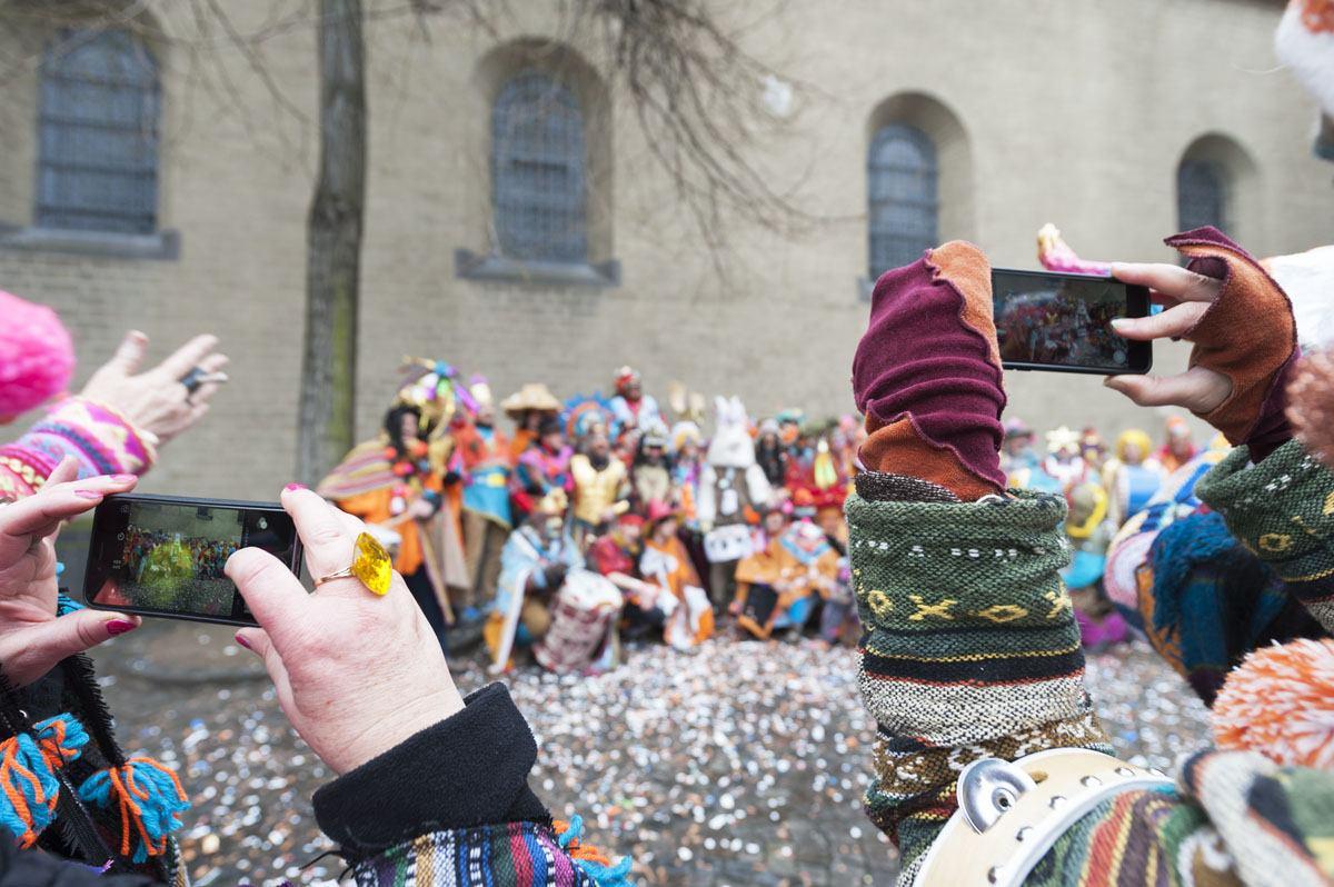 Carnival groups taking pics
