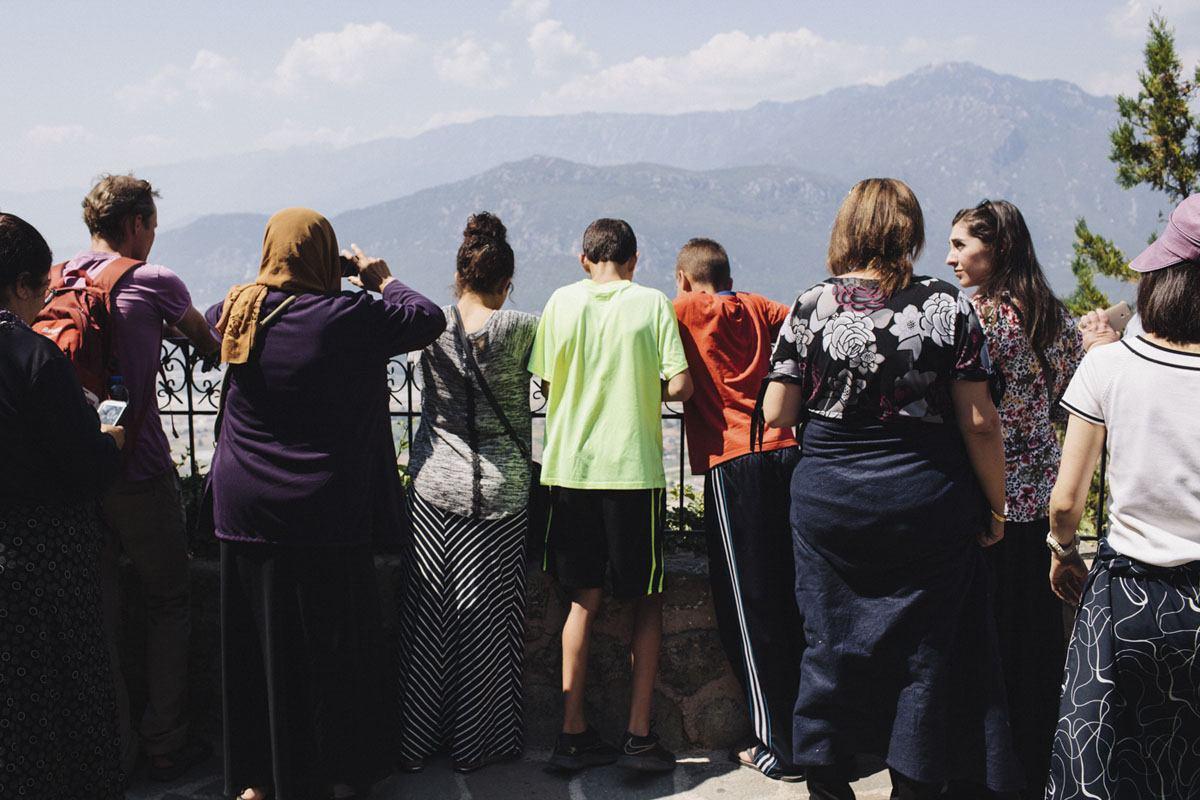 meteora monasteries tourists
