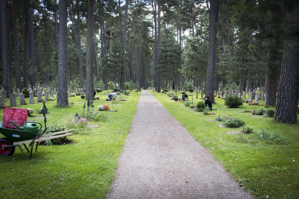Skogskyrkogarden cemetery stockolm unesco