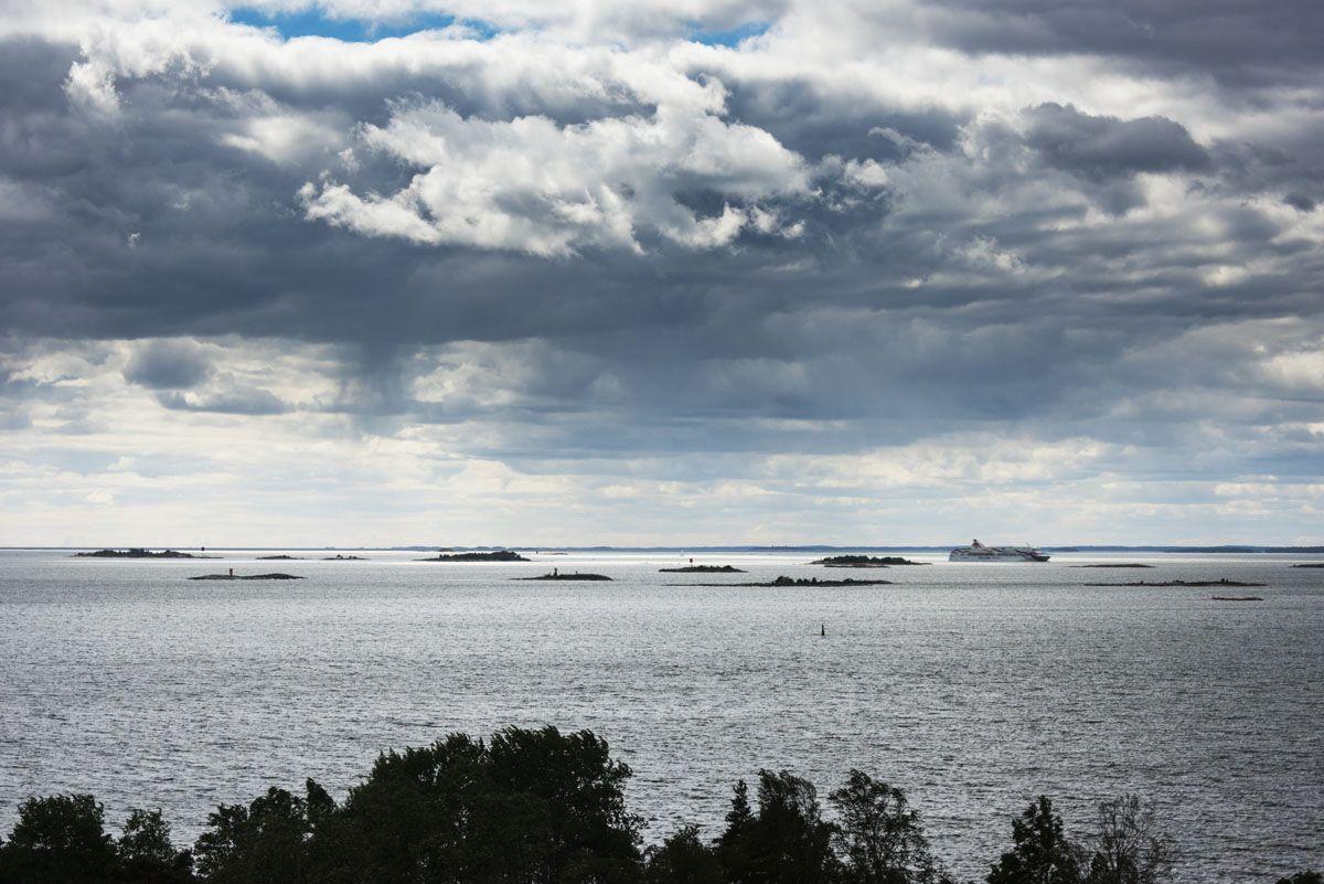 helsinki islands ferry view
