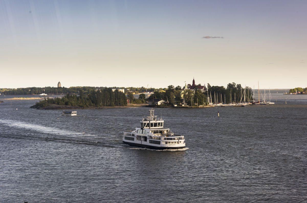 helsinki islands ferry