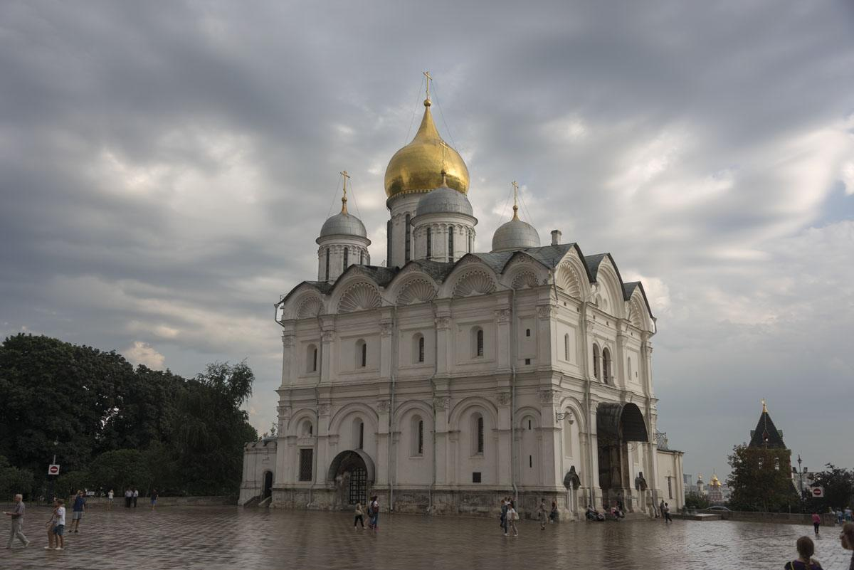 kremlin-cathedral-moscow