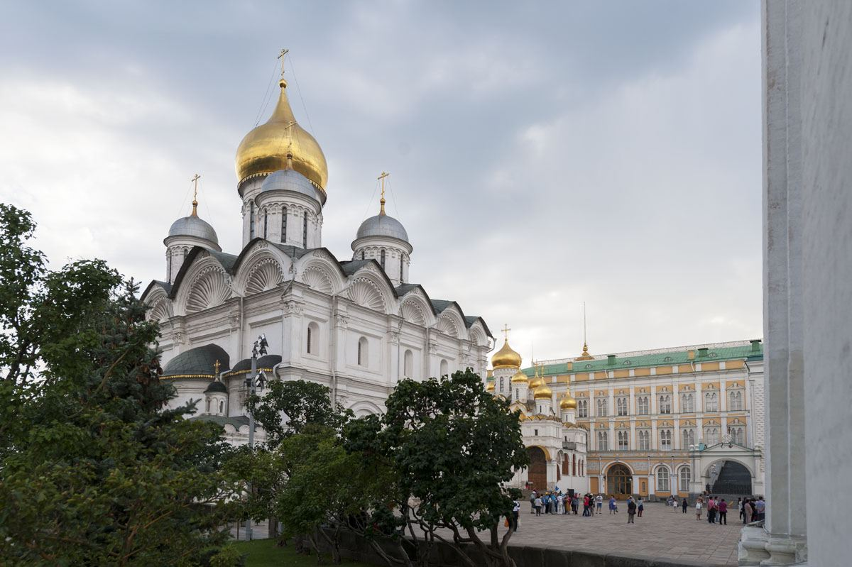 moscow-kremlin-cathedral