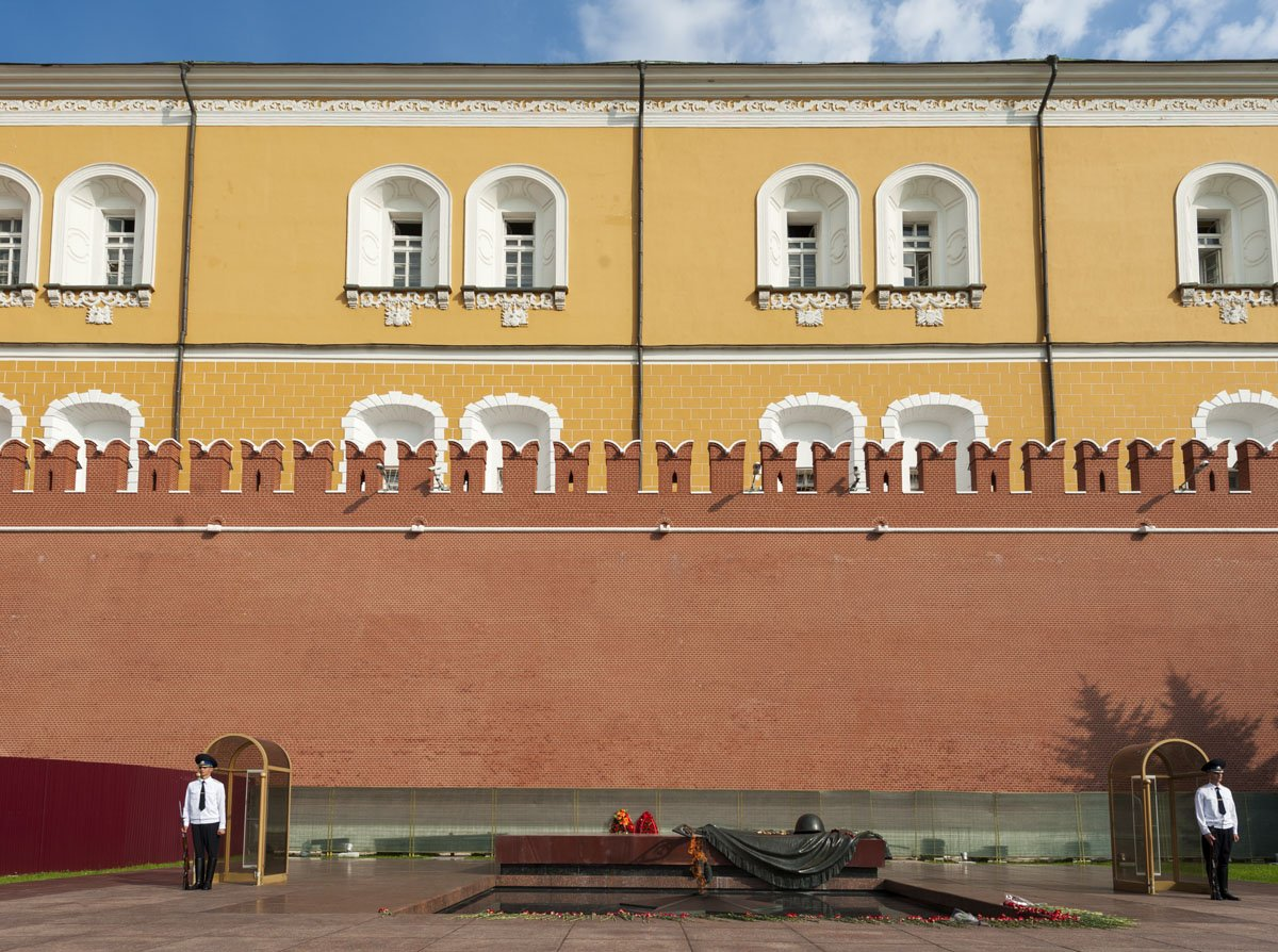 moscow-kremlin-walls