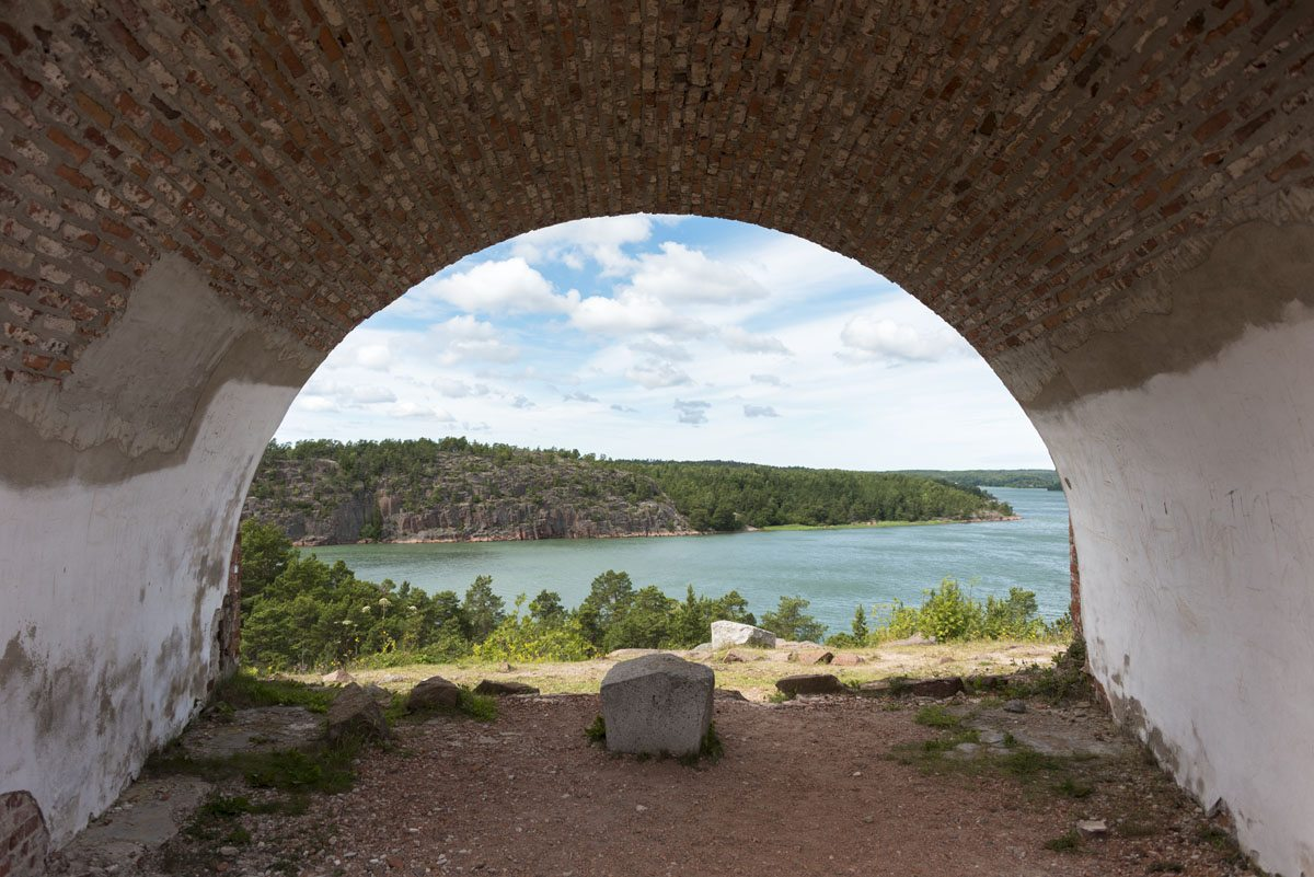 aland-islands-bomasund-fortress-arch