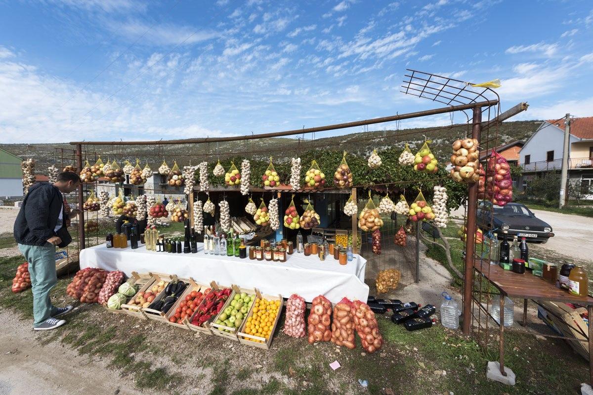 ljubinje-herzegovina-market-stall