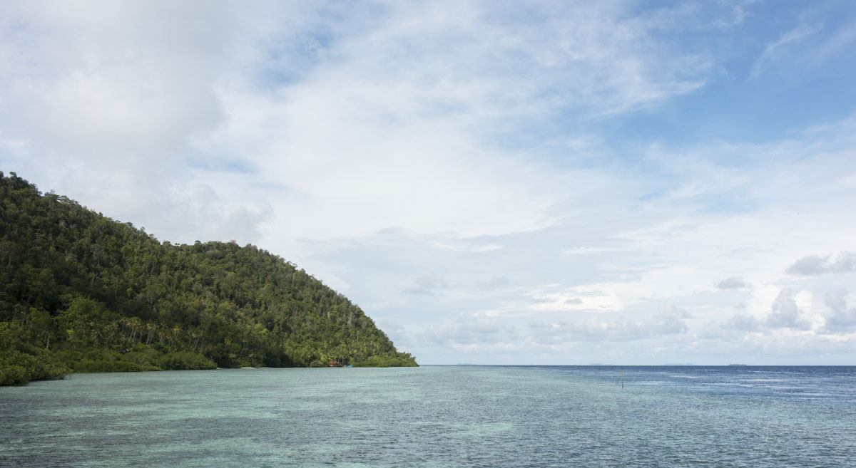 raja-ampat-indonesia-coast