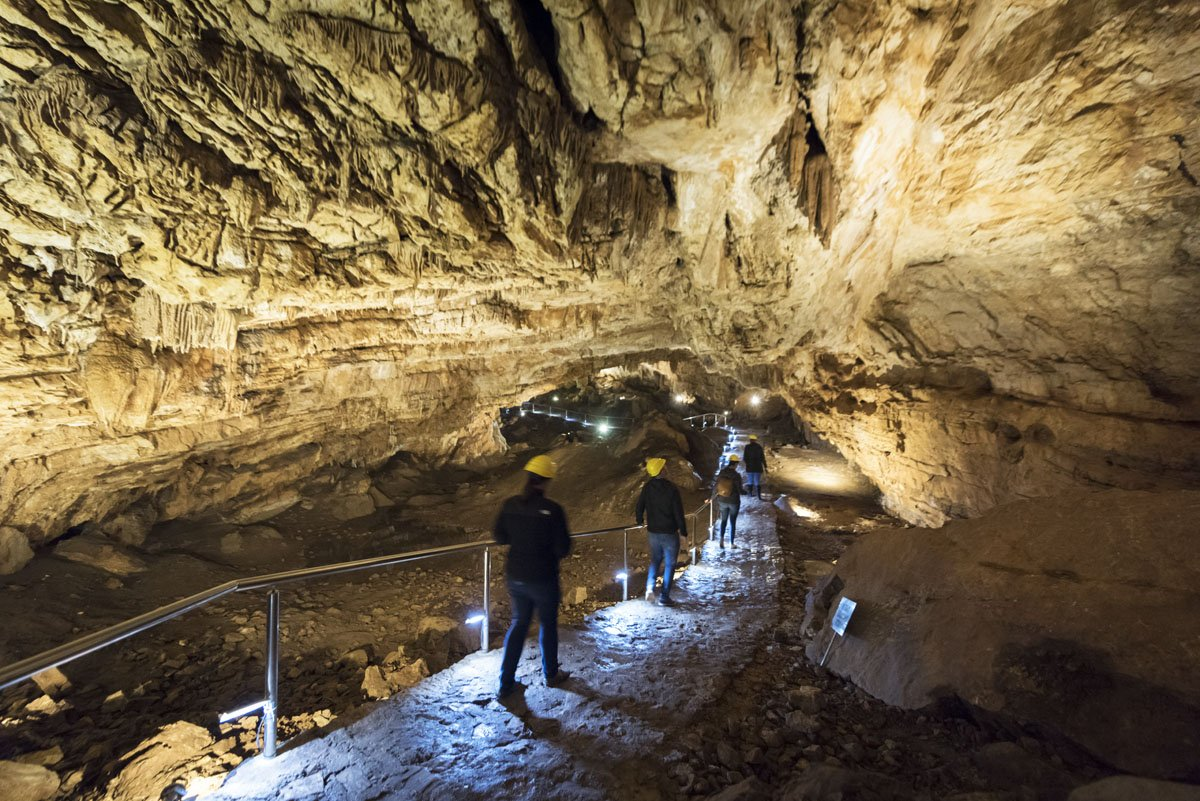vjetrenica-cave-bosnia-inside