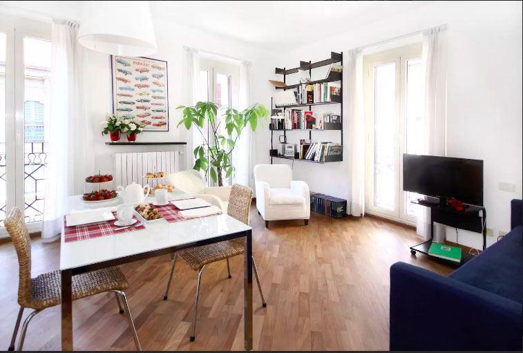 airbnb via torino