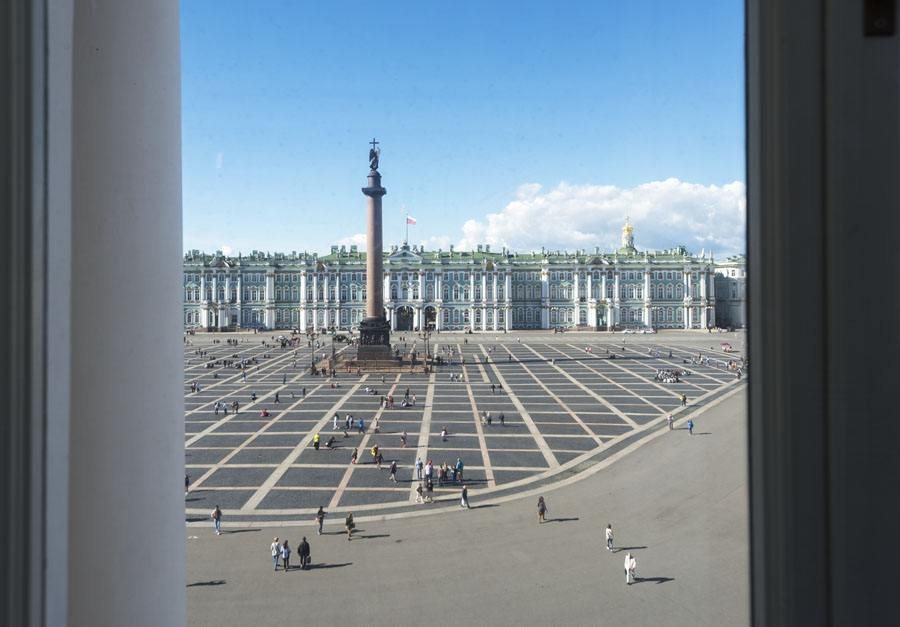 st petersburg hermitage square high