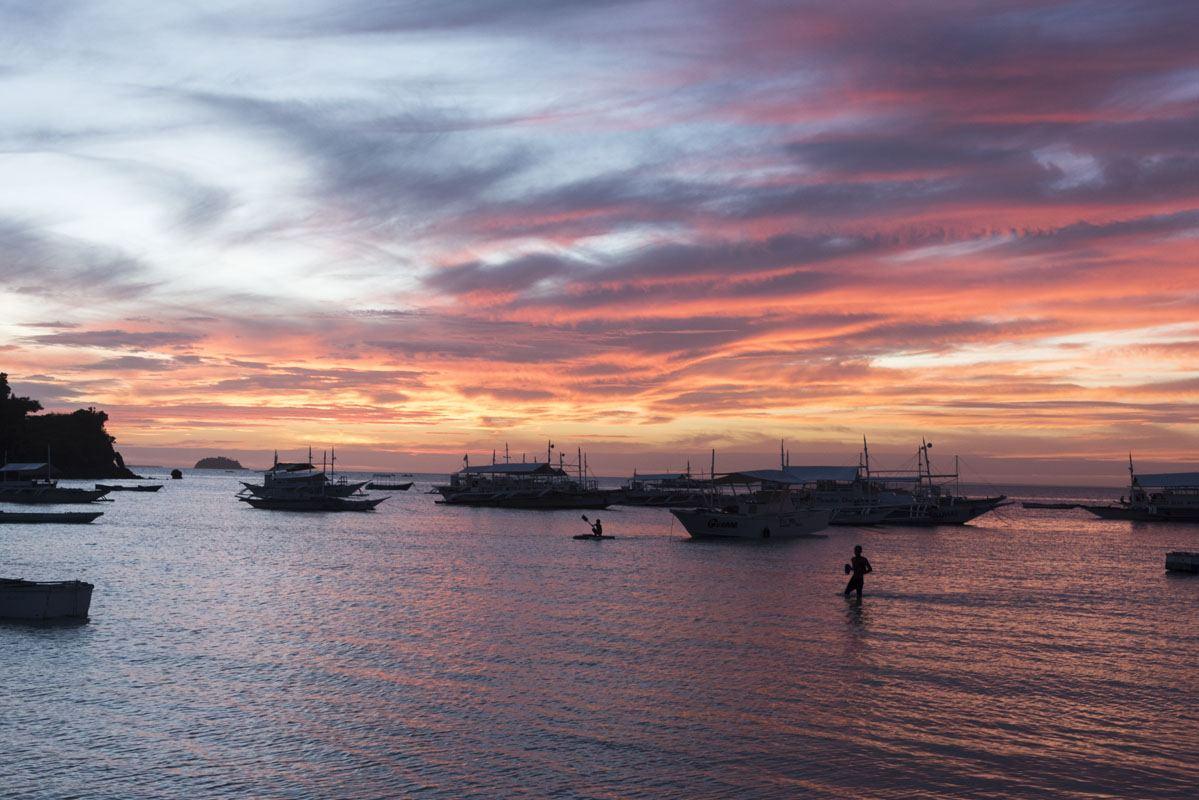 malapascua island sunset pink