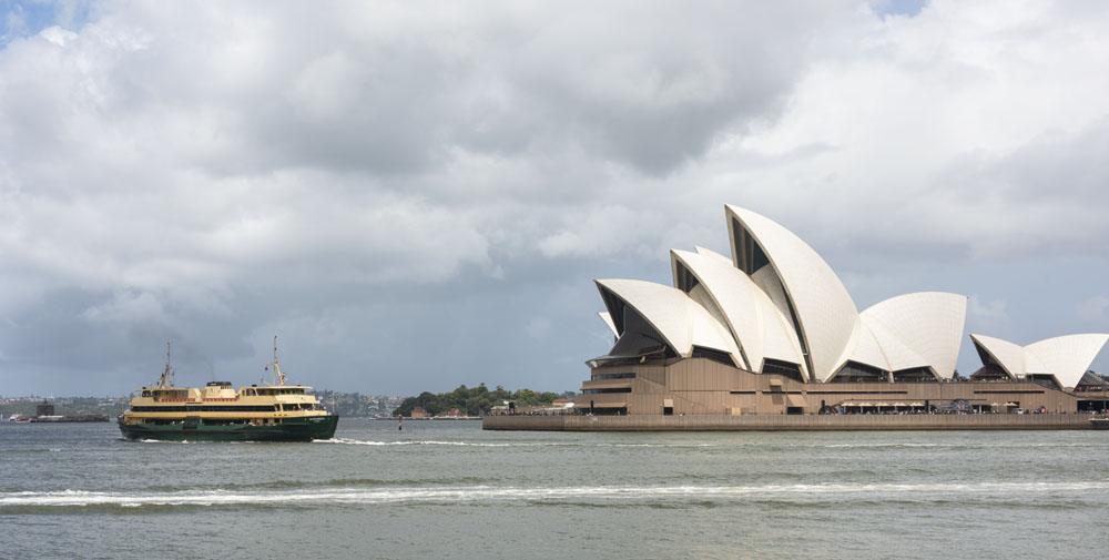 opera house ferry sydney