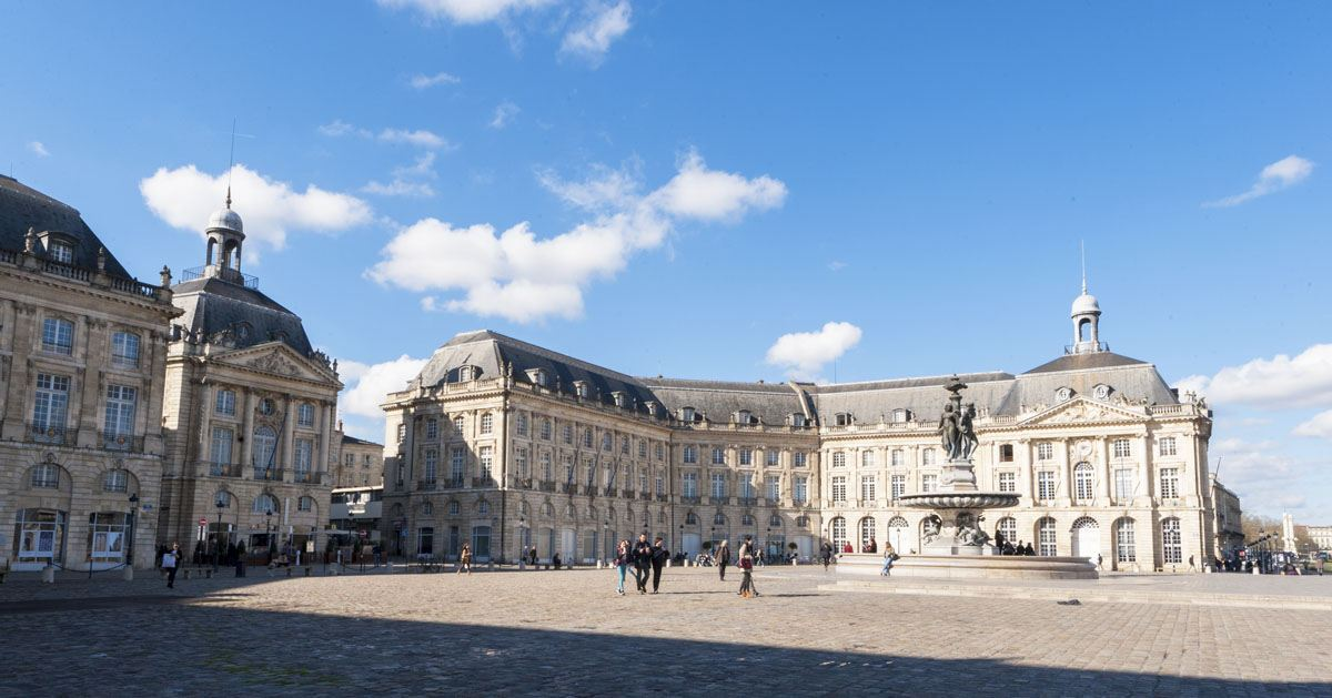 bordeaux tourist attractions place de la bourse