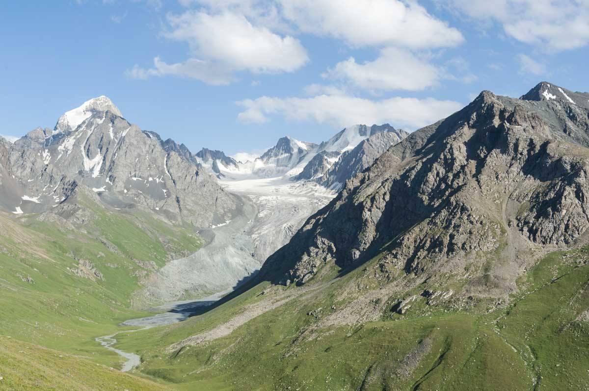 kyrgyzstan glacier