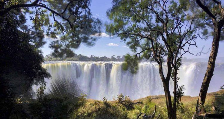 Victoria waterfalls in which country best waterfall 2017 victoria falls the largest waterfall in world publicscrutiny Images