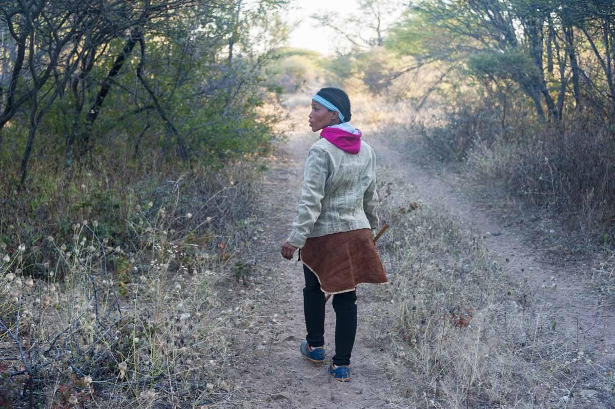 botswana kalahari san woman bushman