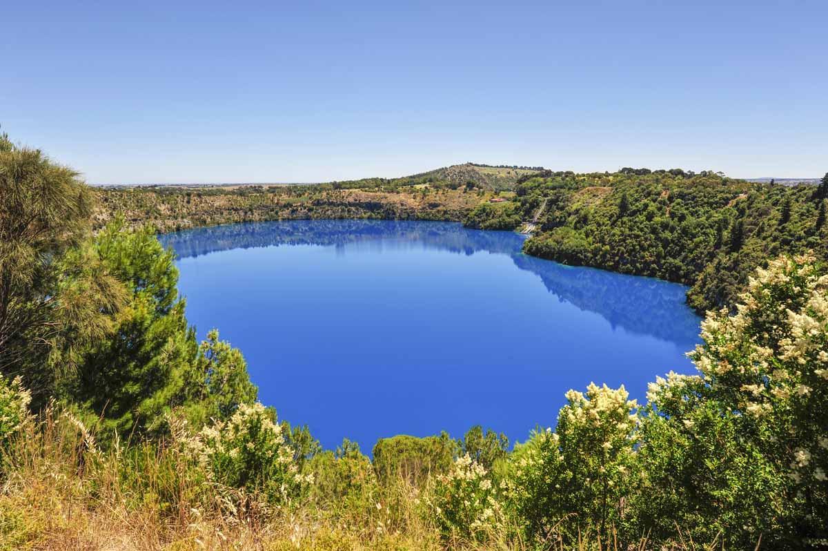blue lake australia mt gambier