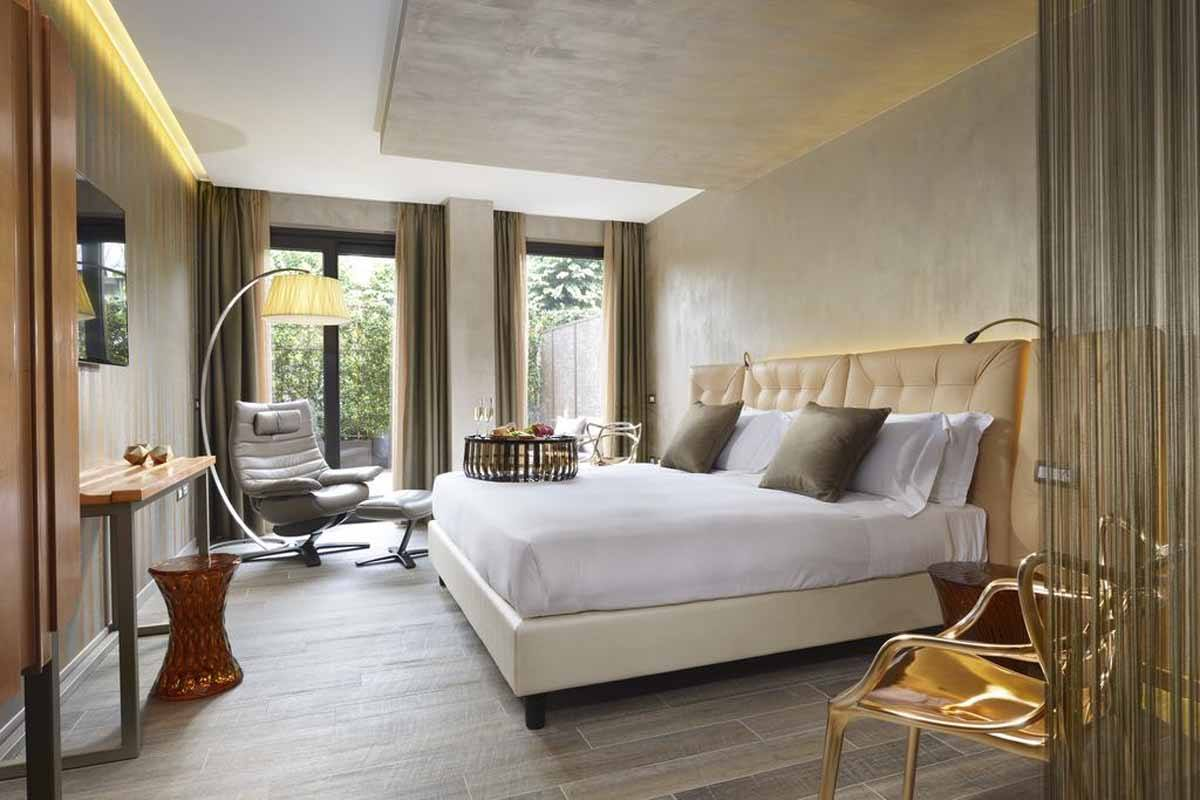 Where to stay in milan best hotels the crowded planet for Hotel the best milano