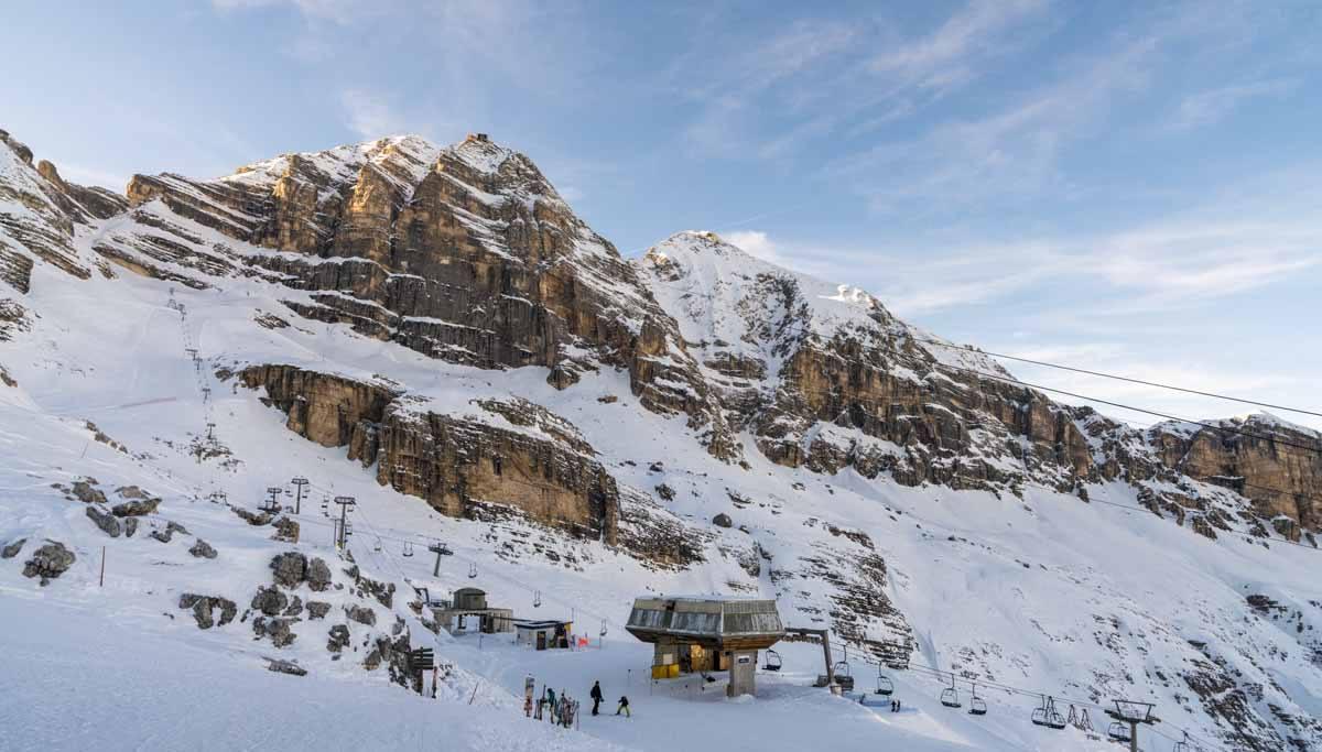 cortina winter skiing tofane