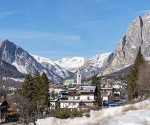 things to do in cortina in winter