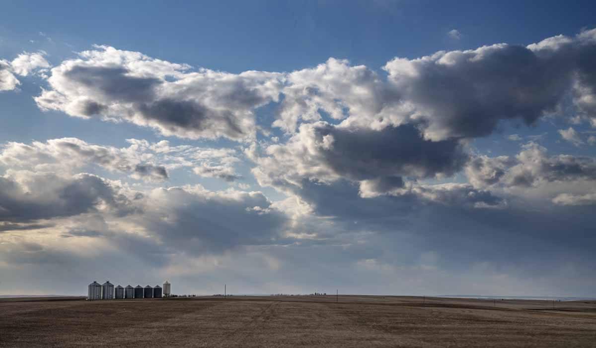 drumheller prairie clouds