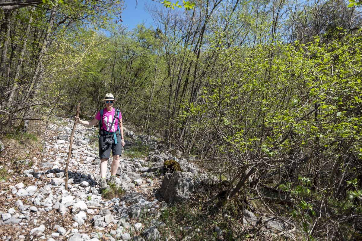 woman hiking lake garda