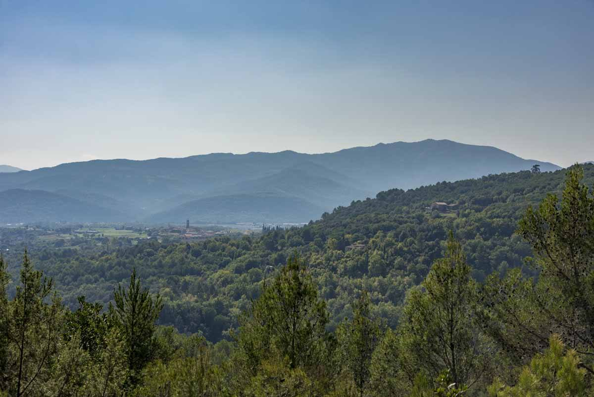 girona province gr1 pyrenees view